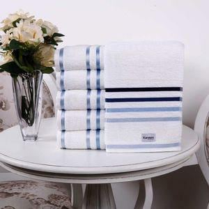 toalha-rosto-lumina-branco-marinho-karsten