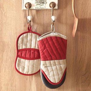 luva-termica-cozinha-bonjour-vermelho-branco